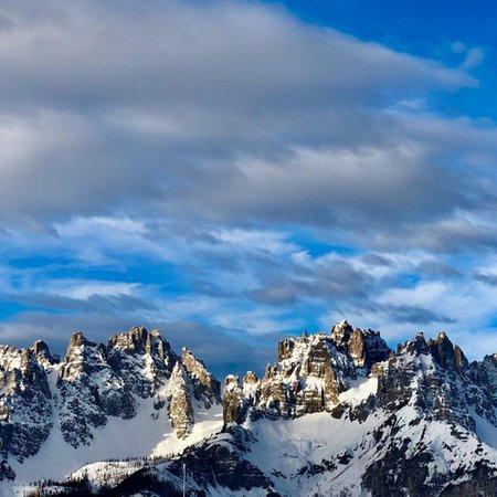 Foto invernale di presentazione Forni di Sopra - Dolomiti in tutti i sensi