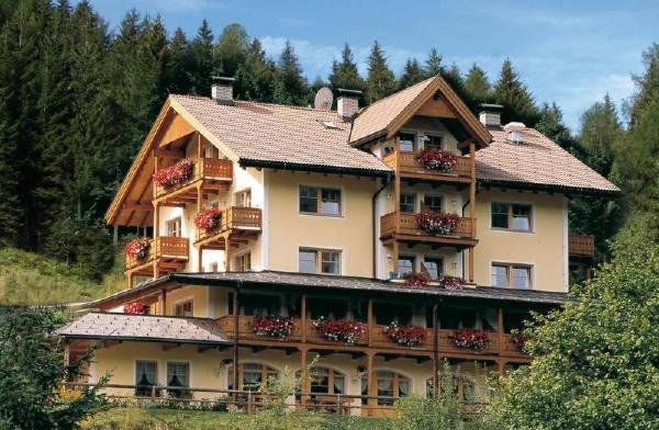 Summer presentation photo Hotel Bad Waldbrunn