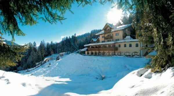 Foto invernale di presentazione Hotel Bad Waldbrunn
