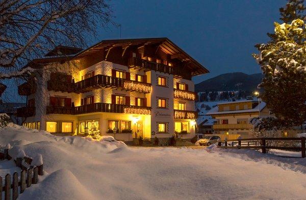 Winter Präsentationsbild Hotel Dolomiten