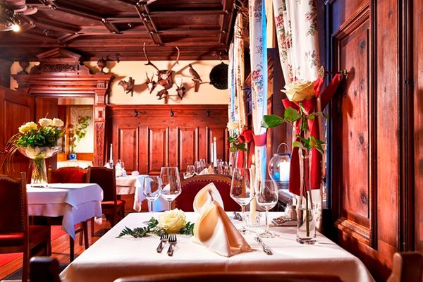 Il ristorante Monguelfo Weisses Lamm