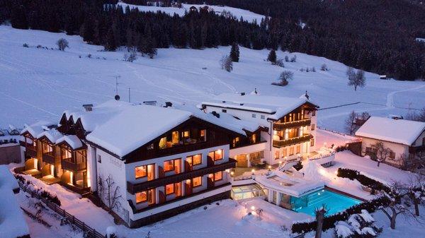 Winter Präsentationsbild Hotel Tirolerhof