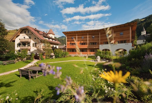 Foto estiva di presentazione Ostaria Posta - Hotel 3 stelle