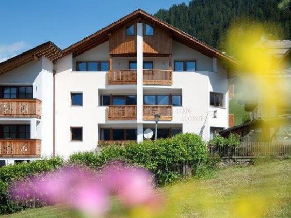 Foto estiva di presentazione Appartamenti L'Grof / Al Conte