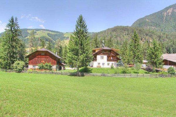 Foto esterno in estate Planhof