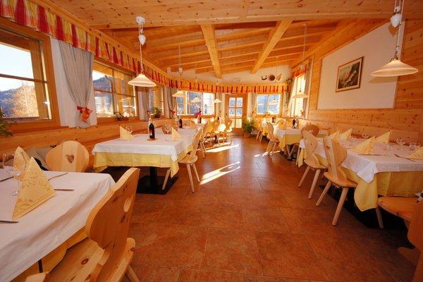 Il ristorante Longiarù (San Martino in Badia) Tlisöra - Speckstube