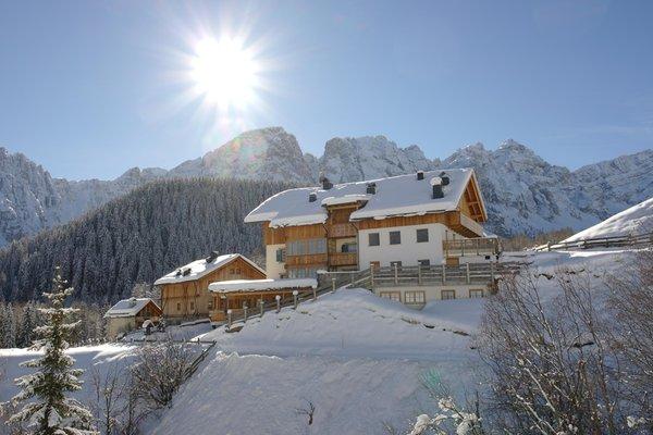 Foto invernale di presentazione Tlisöra - Speckstube - Camere + Appartamenti in agriturismo 3 fiori