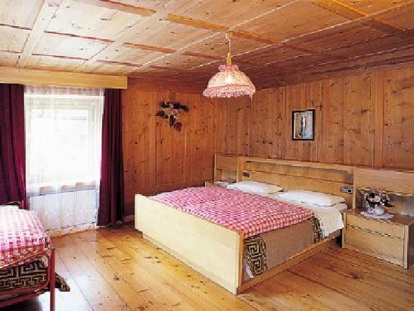 Foto della camera Camere + Appartamenti in agriturismo Tlisöra - Speckstube