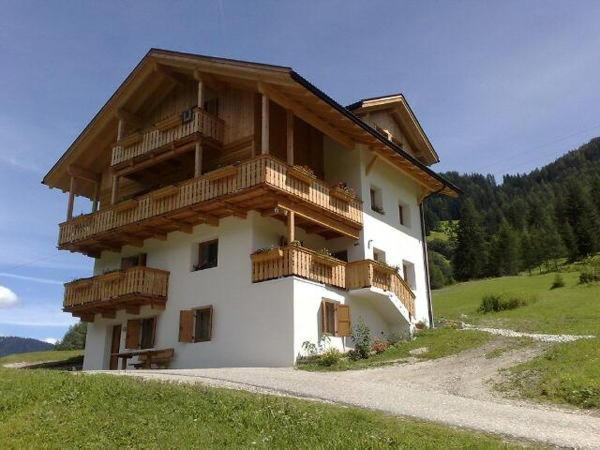 Foto estiva di presentazione Valbuna - Appartamenti 2 fiori