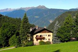 Farmhouse B&B + Apartments Steinerhof